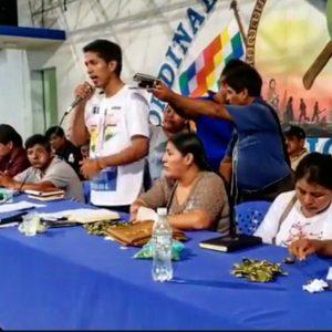 Bolivia. La gran asamblea de la resistencia deliberó en Cochabamba / Las voces jóvenes de quienes están dispuestos a dar batalla a la dictadura