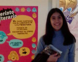 Adolescente chilena gana premio literario en Argentina