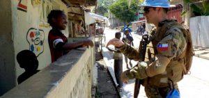 """Más antecedentes de los abusos de  soldados de la ONU en Haití, de 265 """"petit minustah"""", 21 serían de soldados chilenos"""