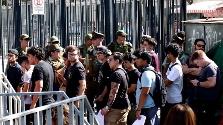 PSU: Rectores de la vergüenza, policías de la barbarie, universitarios de la complicidad (vídeos)