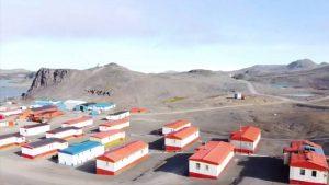 Científicos revelaron preocupantes imágenes de la Antártica chilena sin nieve