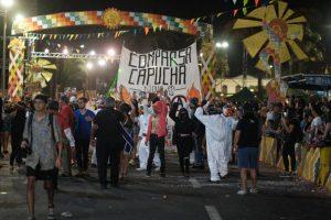 """Comparsa """"Capucha"""" presente en Carnaval Andino con la Fuerza del Sol 2020 (Arica)"""