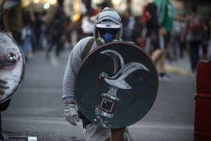 Carnaval Anti Festival de Viña del Mar que se realiza en la ciudad de Valparaíso (foto reportaje)