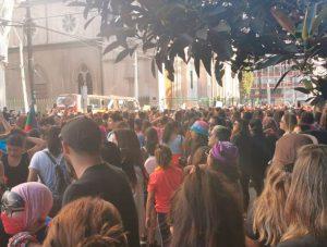 8 de marzo: El encuentro de la marcha de mujeres de Viña del Mar con las mujeres de Valparaíso (video)