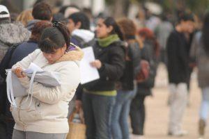 Argentina: Prohibidos los despidos, alzas en alimentos y servicios básicos