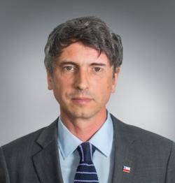 La lista y carta de los más de 470 académicos que piden la renuncia del Ministro de Ciencia, Andrés Couve