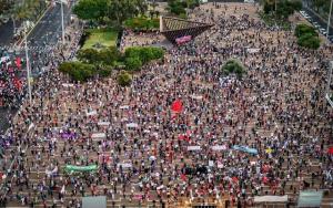 Multitudinaria protesta en Tel Aviv contra anexión israelí de Cisjordania
