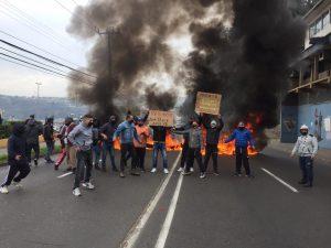 Noticias 03 de Junio, Carabineros le dispara lacrimógenas y perdigones a Pescadores Artesanales …….escuche Radio El Rodriguista