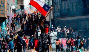 Impresiones y relaciones antes y después del 18 de octubre chileno: historia social y filosofía política. (Alex Ibarra)