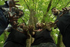 2X, la banda nacional que promueve y vibra con el sentimiento mapuche, además de una marcada crítica social en sus letras, está próxima a un nuevo lanzamiento. (Vídeo)