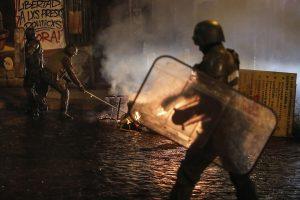 Anoche en Valparaíso, protestas (fotos)