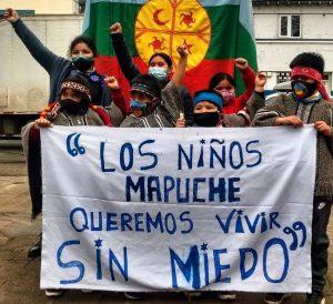 Noticias 17 de septiembre. Incidentes en centro de Temuco, 21 detenidos; 2 camiones quemados en Valparaíso; No más Pascua Lama; Conaf sigue autorizando tala de bosque nativo…..   Escuche Radio El Rodriguista.