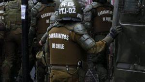 """Noticias 13 octubre. 18 de octubre 40 mil carabineros en la calle; """"Oposición"""" no pudo acusar constitucionalmente  a Mañalich………..….Escuche Radio El Rodriguista."""