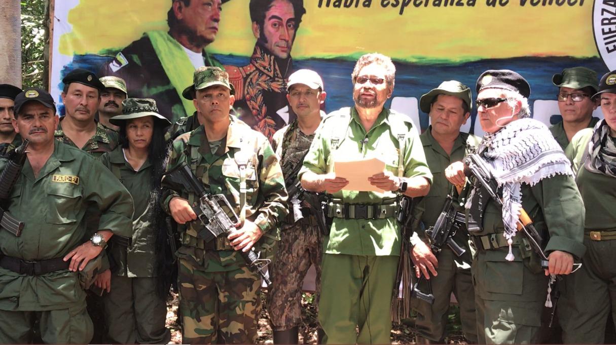 (Colombia) PROCESO DE PAZ: UN PASO ADELANTE, DOS ATRÁS. UNA ILUSIÓN QUE SE CONVIRTIÓ EN DESASTRE